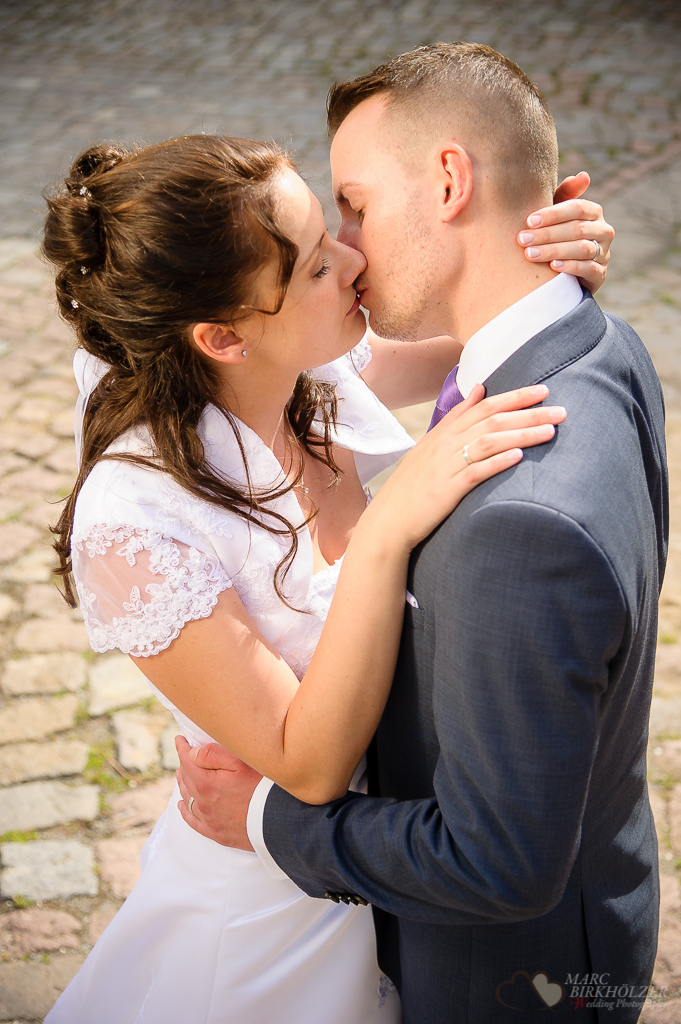 Professionelles Brautpaarfoto aufgenommen vom Hochzeitsfotograf Berlin Marc Birkhoelzer www.hochzeitsaufnahmen.com