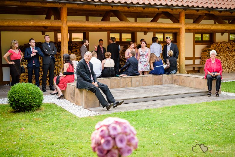 Hochzeitsreportage durch den Hochzeitsfotografen Berlin Marc Birkhoelzer www.hochzeitsaufnahmen.com im Gut Klostermühle in Alt Madlitz