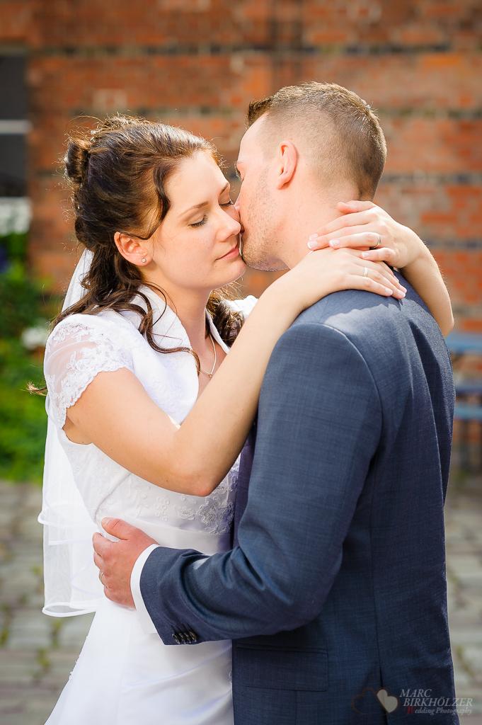 Ein Hochzeitsshooting in Berlin Spandau fotografiert vom Hochzeitsfotograf Berlin Marc Birkhoelzer www.hochzeitsaufnahmen.com