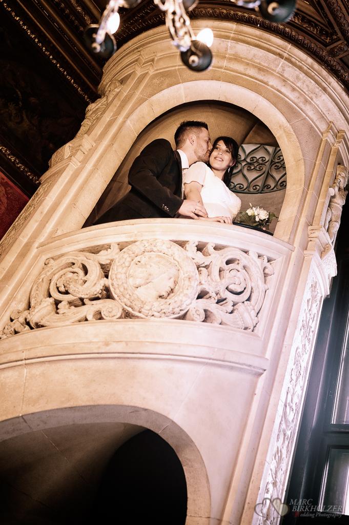 Portraitfotos mit dem Hochzeitspaar im fünf Sterne Hotel Grunewald aufgenommen durch den Hochzeitsfotografen Berlin Marc Birkhoelzer www.hochzeitsaufnahmen.com