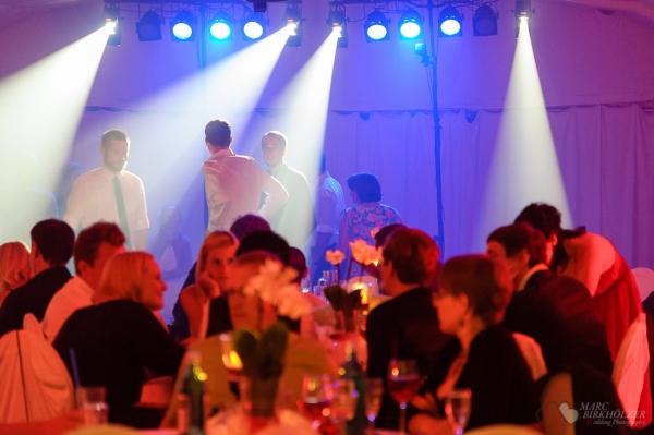 Eine Ganztageshochzeitsreportage in Potsdam fotografiert vom Hochzeitsfotograf Berlin Marc Birkhoelzer www.hochzeitsaufnahmen.com