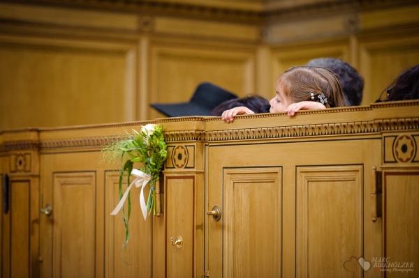 Momente während der Trauung in der Heilandskirche am Port von Sacrow nahe Potsdam fotografiert vom Hochzeitsfotograf Berlin Marc Birkhoelzer www.hochzeitsaufnahmen.com